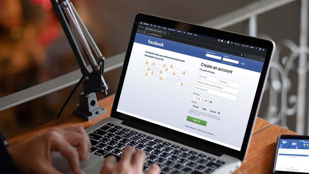 facebookページの管理者の追加方法